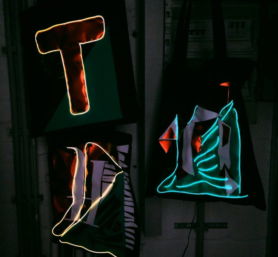 tnt_01